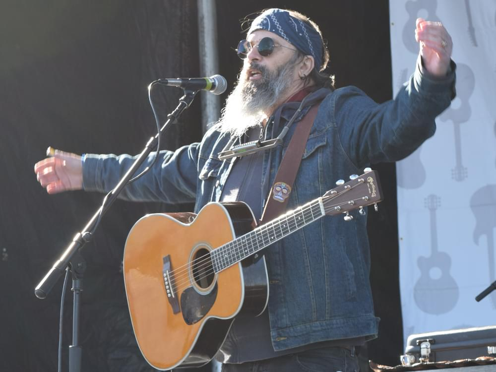 Steve Earle to Release Guy Clark Tribute Album
