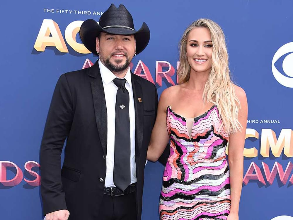 "Jason Aldean Says Daughters Have Been ""Really Good"" Helping Out With New Brother, Memphis"