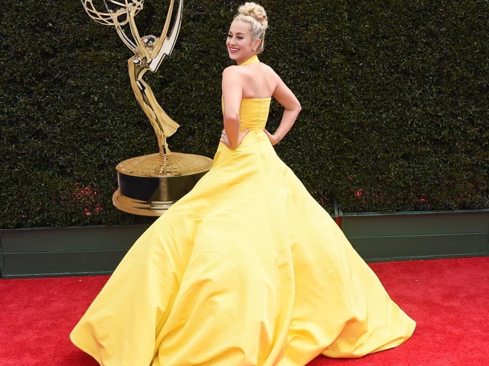 Kellie Pickler Walks the Red Carpet at Daytime Emmy Awards [Photo Gallery]
