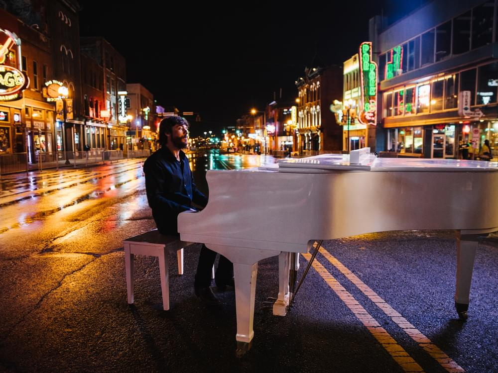 "Chris Janson Shuts Down Nashville's Lower Broadway to Send a Message in New ""Drunk Girl"" Video [Watch]"