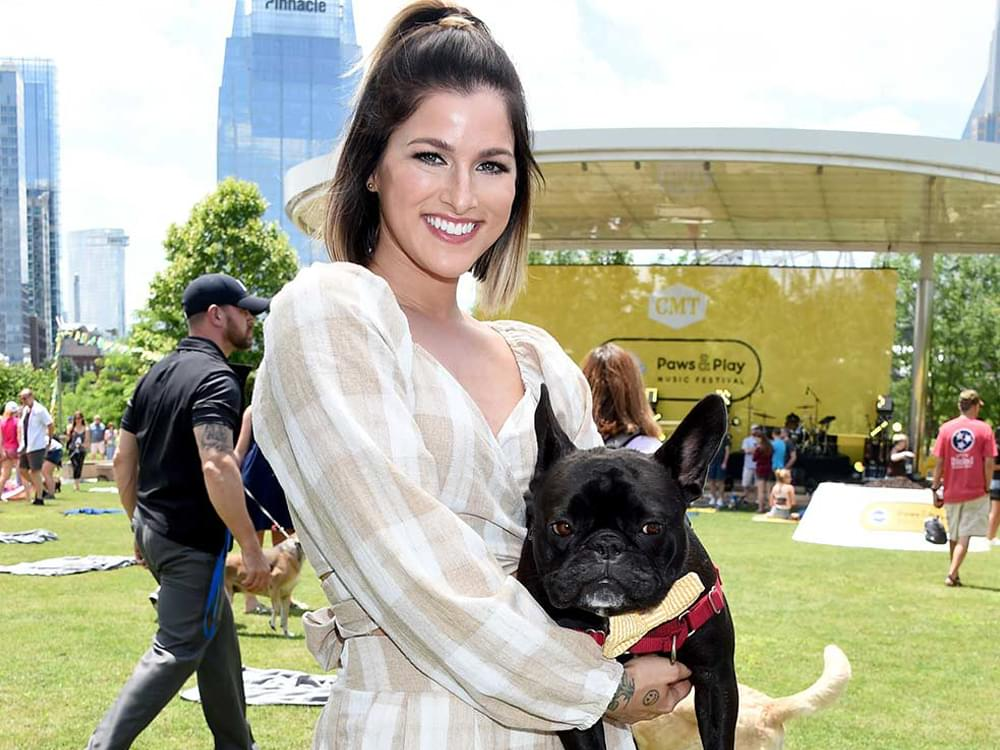 "Cassadee Pope to Host ""Dinner With Your Dog"" Event to Benefit Nashville Humane Society"