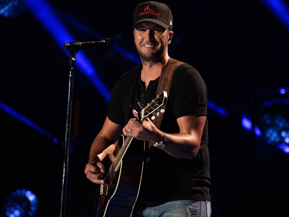 "Watch Luke Bryan Lead a Singalong of ""Kick the Dust Up"" for Kids at Levine Children's Hospital"