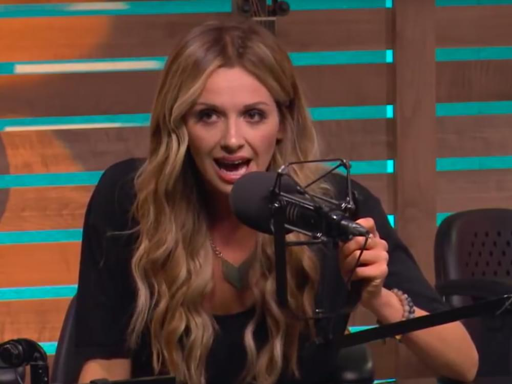 "Watch Carly Pearce ""Play It Forward"" by Covering Dolly Parton's ""9 to 5"" in Nash Country Daily Exclusive"