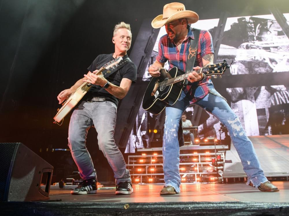 Watch Jason Aldean Sizzle During Sold-Out Show at Atlanta Braves' Stadium