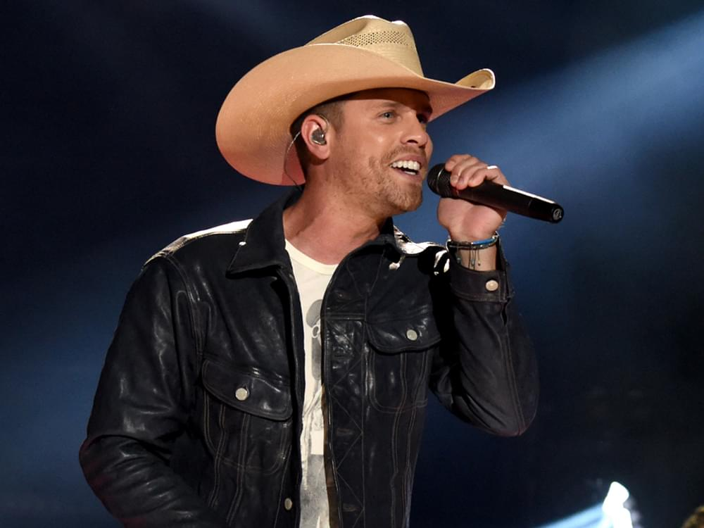 "Listen to Dustin Lynch's New 3-Song EP, ""Ridin' Roads"""