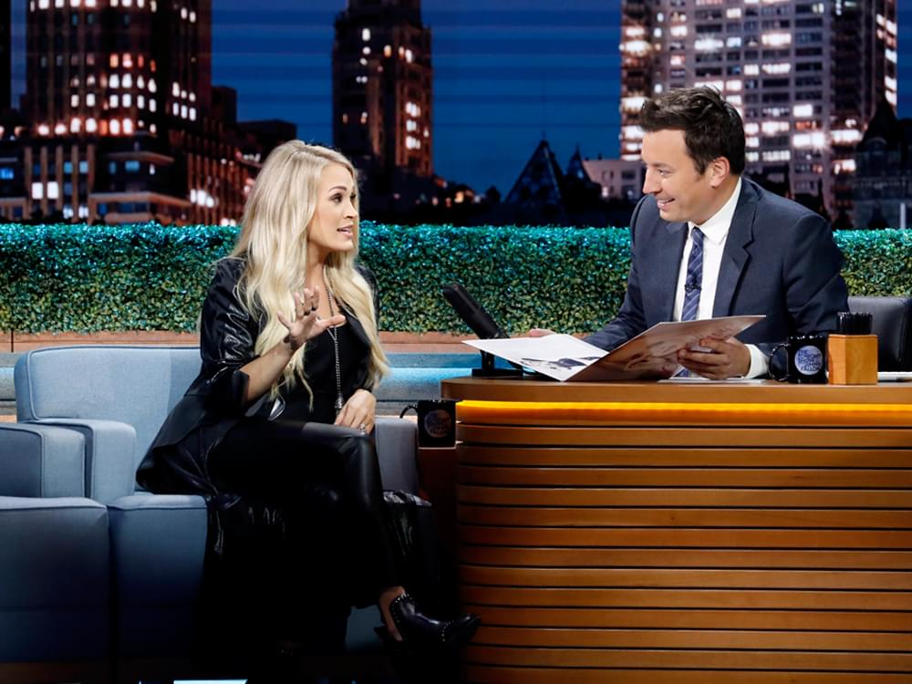 "Watch Carrie Underwood and Jimmy Fallon Channel Dolly and Kenny in Duet of ""Islands in the Stream"""