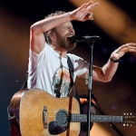 "Dierks Bentley Announces ""Burning Man Tour"" With Jon Pardi & Tenille Townes"