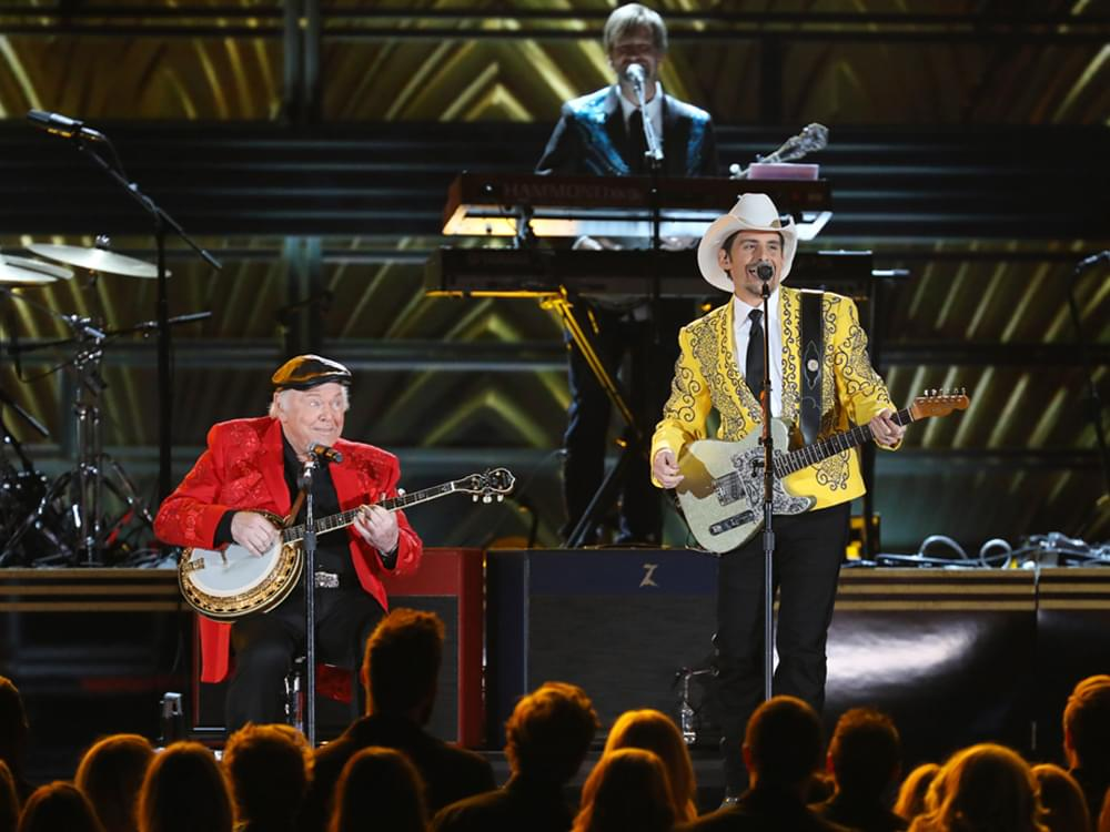 Country Stars Brad Paisley, Keith Urban, Blake Shelton, Chris Young & More Remember Roy Clark