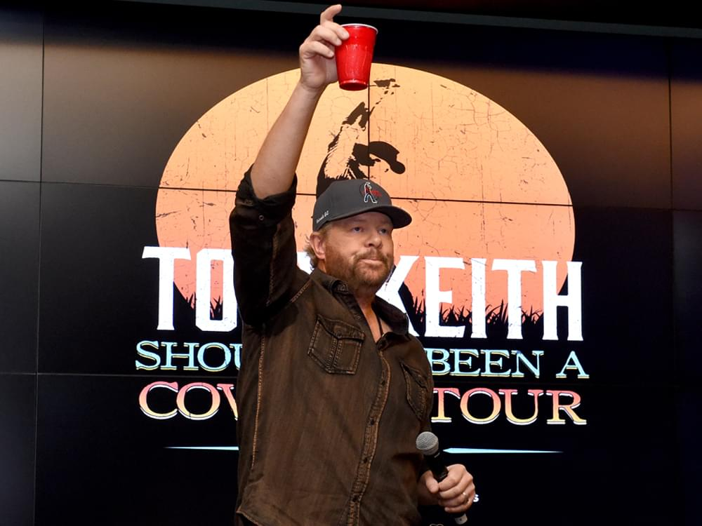 "Toby Keith Celebrates 25 Years of No. 1 Debut Single, ""Should've Been a Cowboy"""