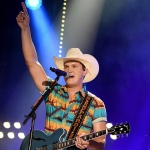 """Dierks Bentley Had to Have Jon Pardi on His Tour One Last Time Before Jon """"Blasts Off Into Outer Space"""""""
