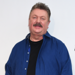 Oh, dang! Joe Diffie still sounds great!