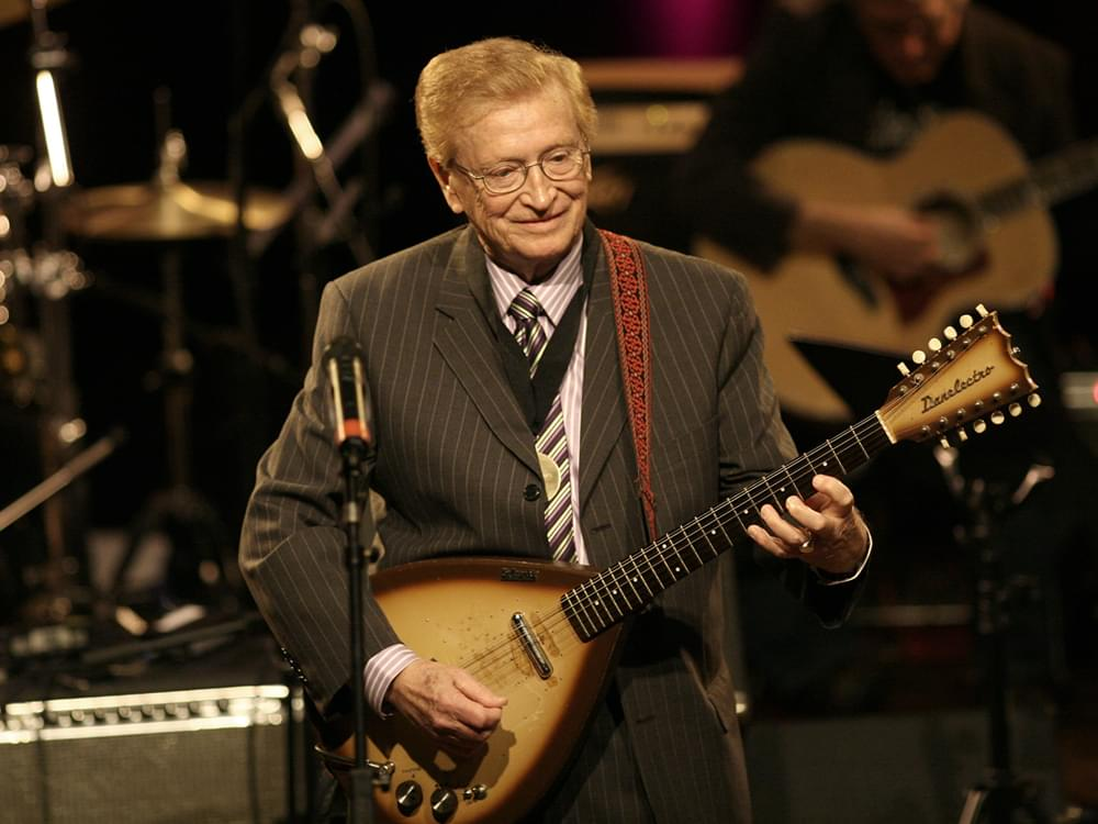 Hall of Fame Guitarist Harold Bradley Dead at 93