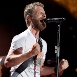 "With New Single All About ""Living,"" Dierks Bentley Details ""Amazing Feeling"" of First Solo Flight"