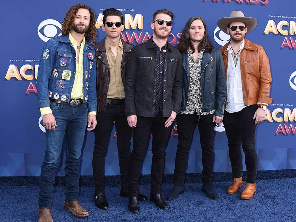 "Brooks & Dunn Team With Lanco on ""Mama Don't Get Dressed Up for Nothing"" [Listen]"