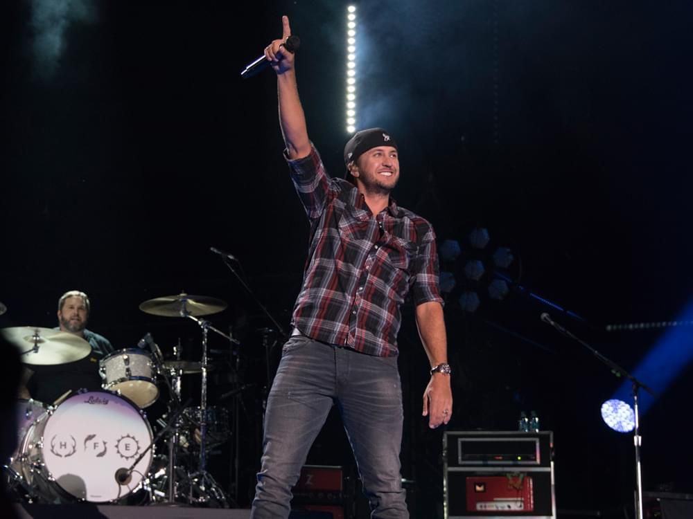 "Luke Bryan Announces 6th Annual ""Crash My Playa"" Concerts in Mexico With Headliner Jason Aldean"