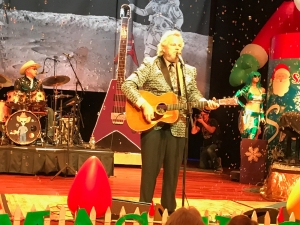Robert Earl Keen Merry Christmas From The Family.Robert Earl Keen Announces 8th Annual Holiday Tour Nash