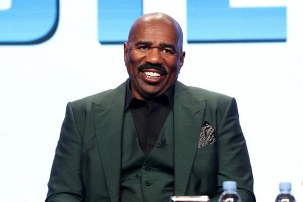 Steve Harvey Pays For College For Kent State Students