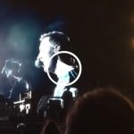 Coldplay covers Linkin Park in tribute to Chester Bennington