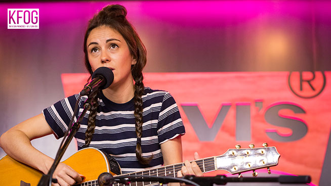 "KFOG Private Concert: Amy Shark – ""Adore"""