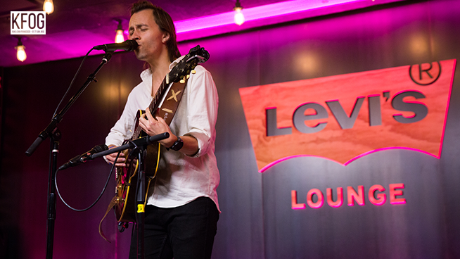 "KFOG Private Concert: Sondre Lerche – ""I'm Always Watching You"""