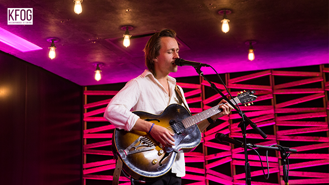 "KFOG Private Concert: Sondre Lerche – ""I Know Something That's Gonna Break Your Heart"""
