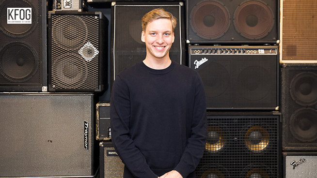 KFOG Private Concert: George Ezra – Gallery
