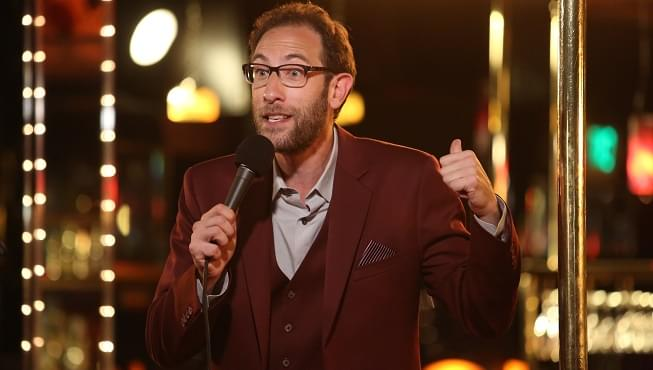 "Comedian Ari Shaffir talks magic mushrooms and calls out Draymond Green as a ""garbage player"""