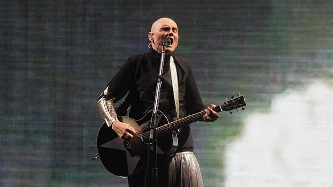 """Listen: Smashing Pumpkins new song """"Silvery Sometimes (Ghosts)"""""""