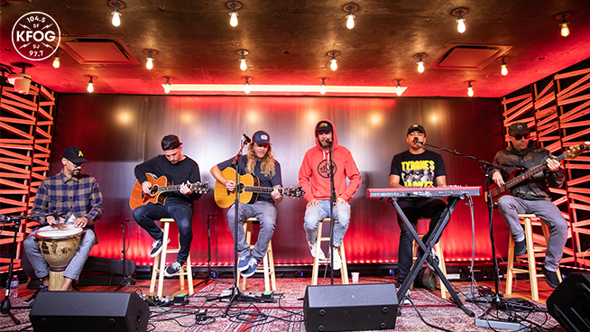 "KFOG Studio Session: Dirty Heads – ""Visions"""