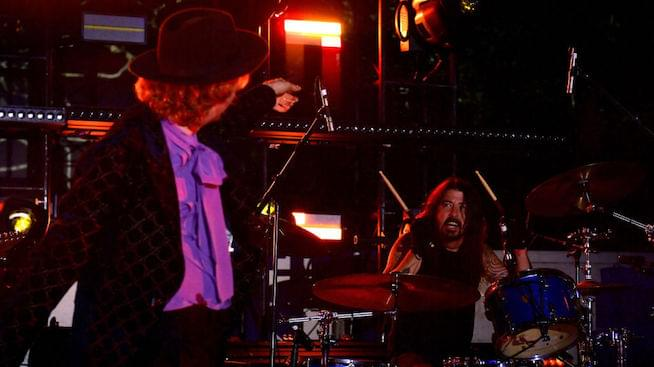 Dave Grohl, Beck, and St. Vincent cover Blondie's 'Rapture'