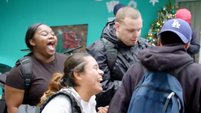 Alaska Airlines partners with Larkin Street Youth Services to celebrate The Season of Giving