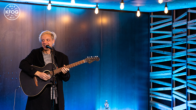 "KFOG Studio Session: Robert DeLong – ""Long Way Down"""