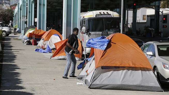 Homelessness: The West Coast's varying solutions