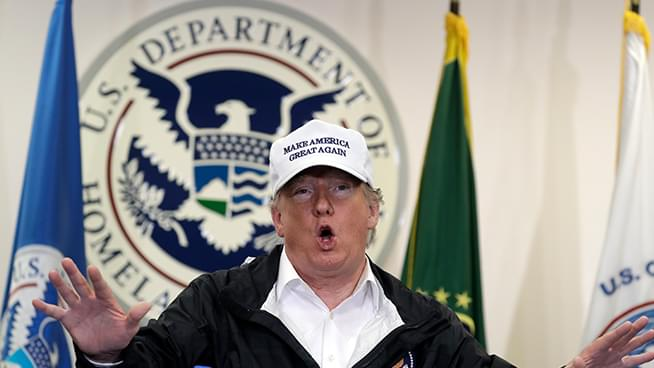 Ethan Bearman Show: Live from Trump's Trip to the Texas Border