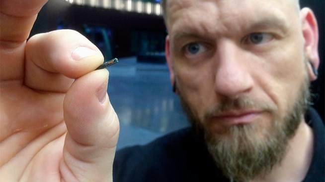 Implanted Chips to Replace Cash & Credit Cards in Sweden
