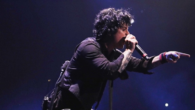 Billie Joe Armstrong speaks out on Charlottesville riots: 'I f—king hate racism more than anything'