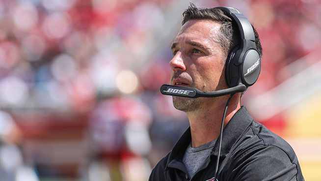 Coach Kyle Shanahan talks bye weekend staycations and Thanksgiving traditions