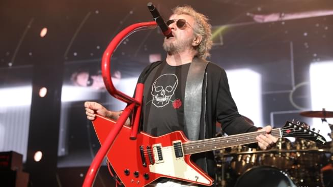 "Listen To Sammy Hagar & The Circle's New Song ""Affirmation"""