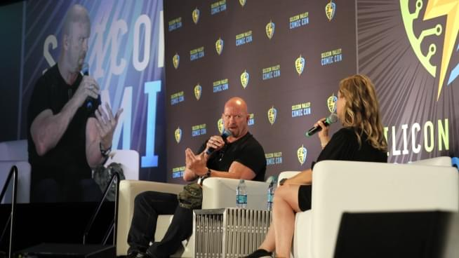 Stone Cold Steve Austin Takes Over Silicon Valley Comic Con