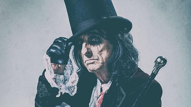 AUG 30 • A Paranormal Evening with Alice Cooper
