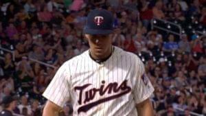 Jose Berrios Throws a Complete Game in Twins 7-2 Win Over the White Sox to Split Series