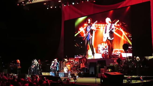 Fleetwood Mac Cover Tom Petty During Opening Night of New Tour