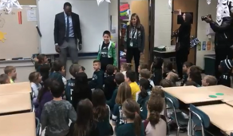 Alshon Jeffery Visits 2nd Grader At School