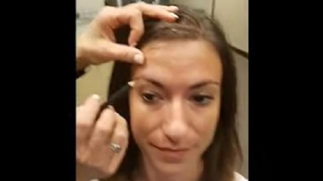 Trista Gets Her Eyebrows Filled In