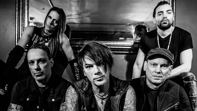 JUL 28 • Stabbing Westward