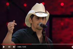 Brad Paisley Surprised High School Students During Their Graduation