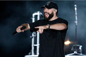 "Check Out Sam Hunt's Unreleased Single, ""Nothing Lasts Forever"""