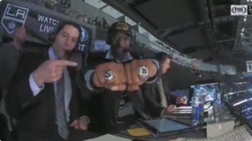 VIDEO: Snoop Dogg provided some incredible hockey commentary during a Kings-Penguins game