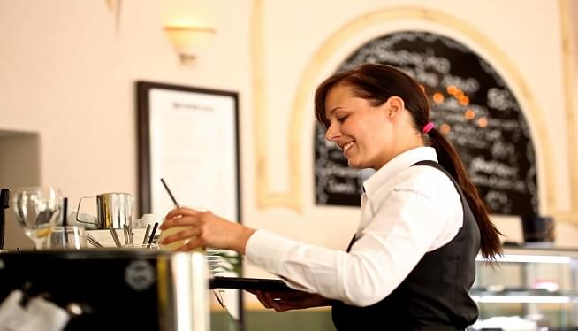 Washingtonians Decide Tuesday Whether To Raise Minimum Wage For Tipped Restaurant Workers