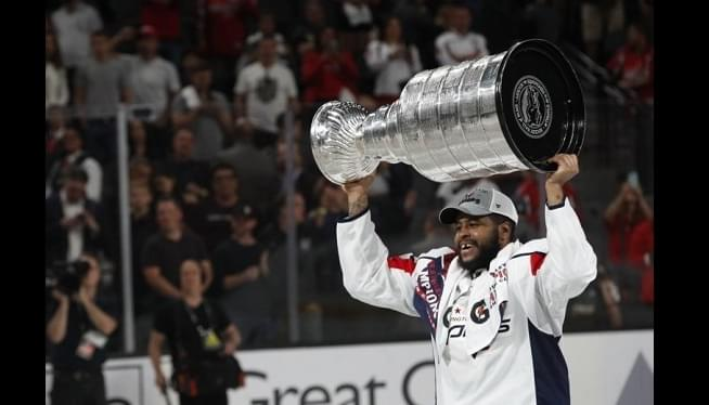 Capitals Place Forward Devante Smith-Pelly On Waivers